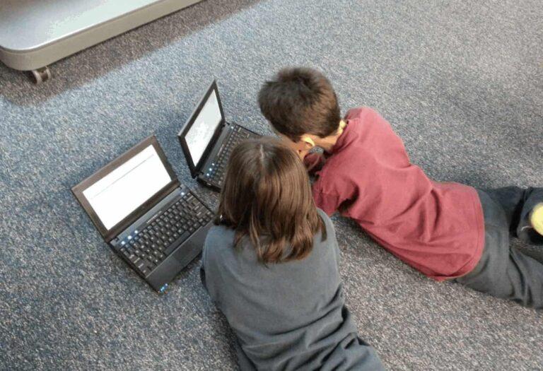 Veillons au bon usage des écrans pour nos enfants