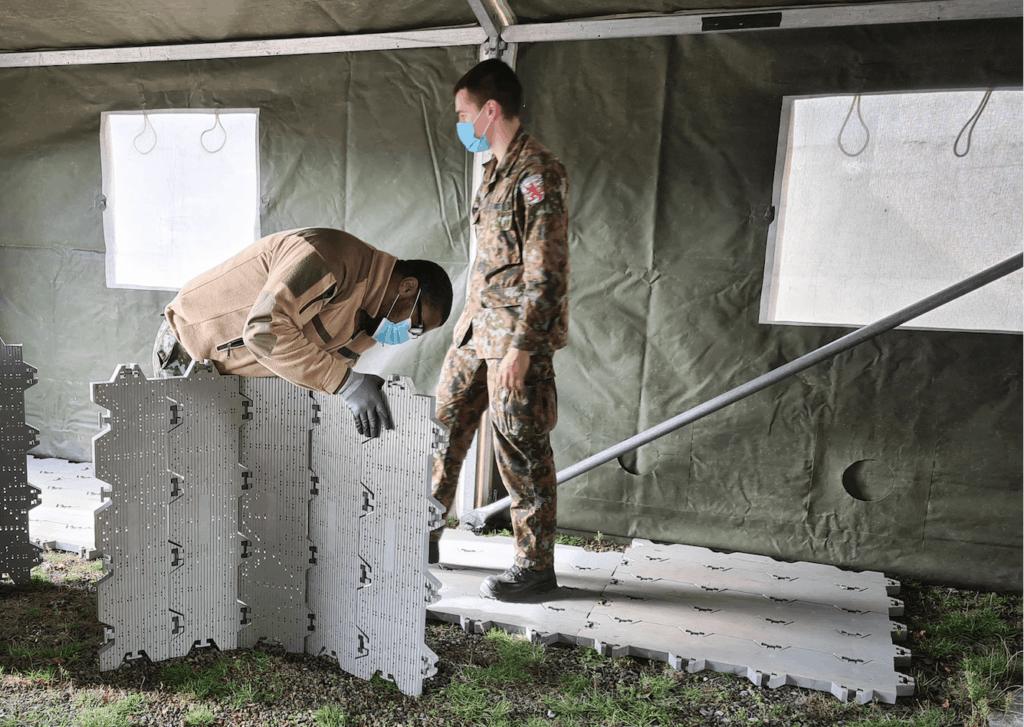 Préparation de la tente