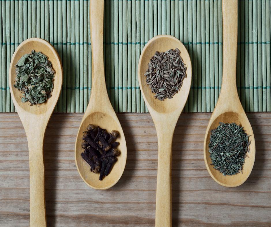 Herbes aromatiques pour agrémenter les vinaigrettes